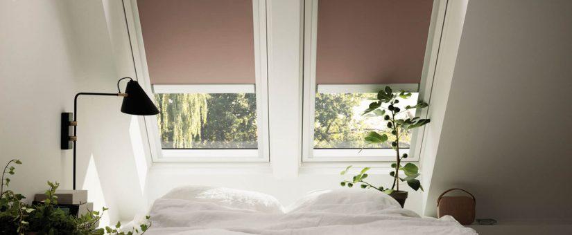 Tende oscuranti per finestre velux rota commerciale for Finestre velux tende