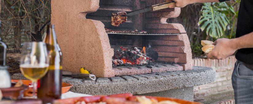 Barbecue in muratura e in cemento