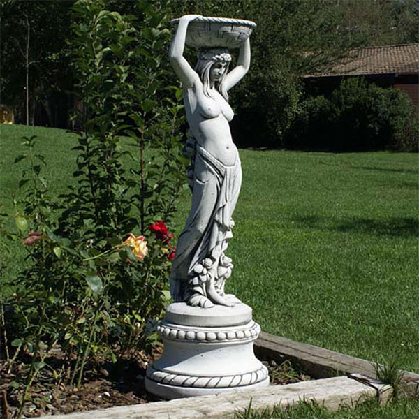 statua femminile, statua da giardino, statue da giardino, ornamenti da giardino, statue greche femminili, arredo giardino Bergamo, giardinaggio Bergamo Rota Commerciale Bergamo